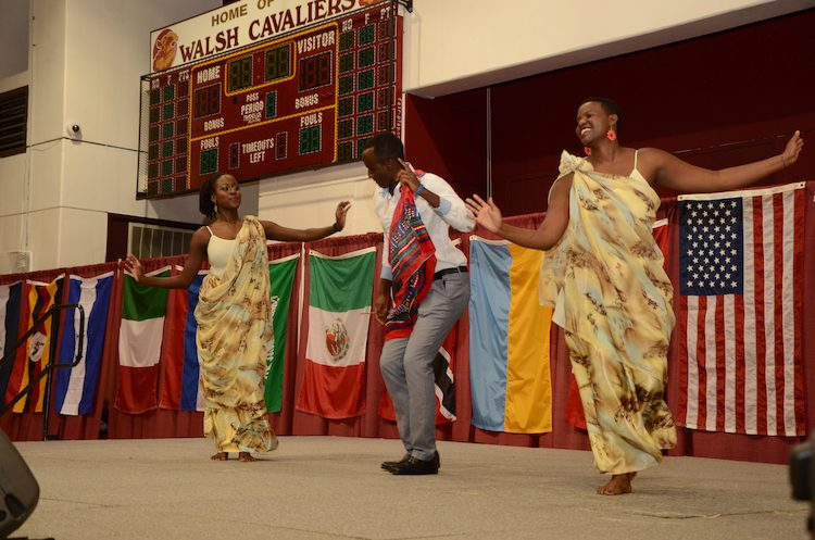 Rwandan Dance by Jeanne D'Arc Irizera, Hyacinthe Mutuyubutatu and Pacifique Niyonzima